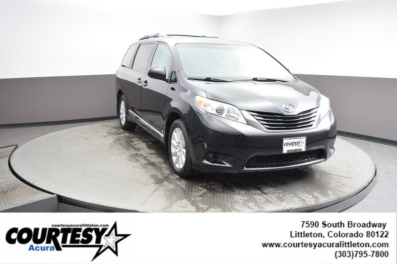 Pre-Owned 2015 Toyota Sienna LE